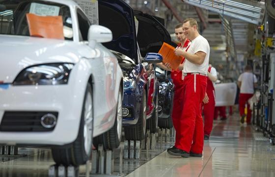Mozgásérzékelő ruha fejlesztése állami támogatással.  A Széchenyi Tőkealap  60 millió forintos tőkeemelést  hajtott végre